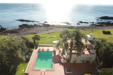 4815-Cliff-Top-Home-with-Stunning-Sea-Views-in-Punta-Ballena-1088