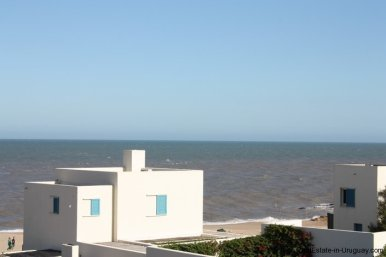 4834-Art-of-Design-with-the-Ocean-for-Rent-by-Architect-Ravazzani-in-Punta-Piedras-1149