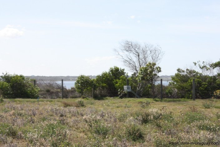 4514-Plot-of-Land-in-Santa-Monica-just-minutes-before-Jose-Ignacio-2138