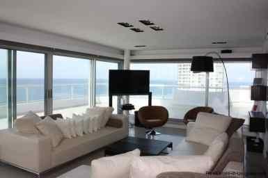4543-Modern-Penthouse-with-360-Degree-Views-on-Playa-Brava-1975
