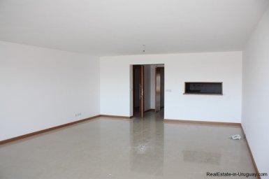 4582-Brand-New-Apartment-on-Playa-Brava-1983