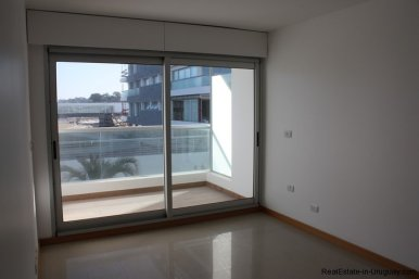 4582-Brand-New-Apartment-on-Playa-Brava-1986