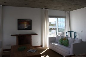 4596-A-Modern-Seafront-Apartment-in-Manantiales-1568