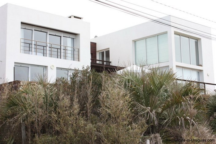 4665-Modern-Beach-Property-with-Incredible-Sea-Views-in-Rocha-1546