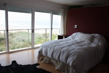 4665-Modern-Beach-Property-with-Incredible-Sea-Views-in-Rocha-1549