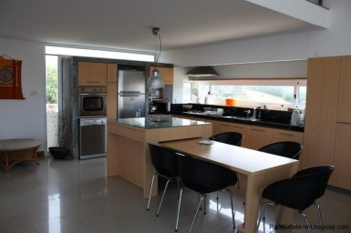 4665-Modern-Beach-Property-with-Incredible-Sea-Views-in-Rocha-1550