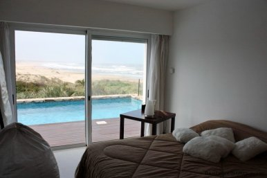 4665-Modern-Beach-Property-with-Incredible-Sea-Views-in-Rocha-1552