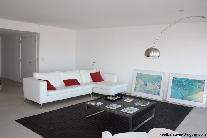 4768-Apartment-in-Le-Parc-on-Playa-Brava--Style-with-great-Amenities-2024