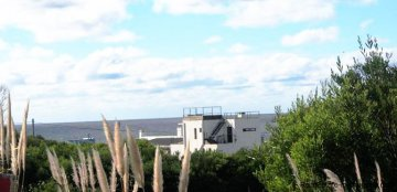 4877-Modern-Home-between-the-Lagoon-and-the-Sea-in-Santa-Monica-by-Jose-Ignacio-2226
