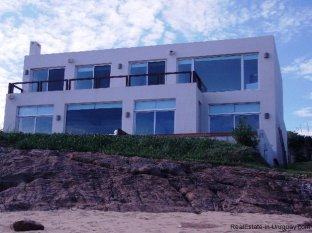 5008-Modern-designed-House-just-Meters-from-the-Lagoon-2308