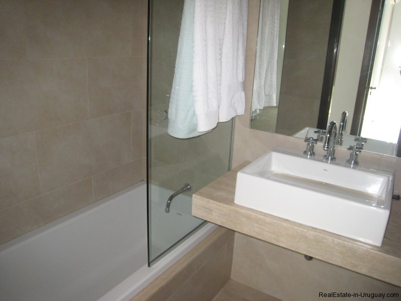 5060-Penthouse-with-Best-Views-in-La-Barra-2418