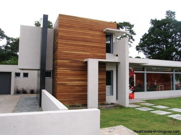 5099-Modern-Home-Near-Shopping-and-other-Amenities-2447