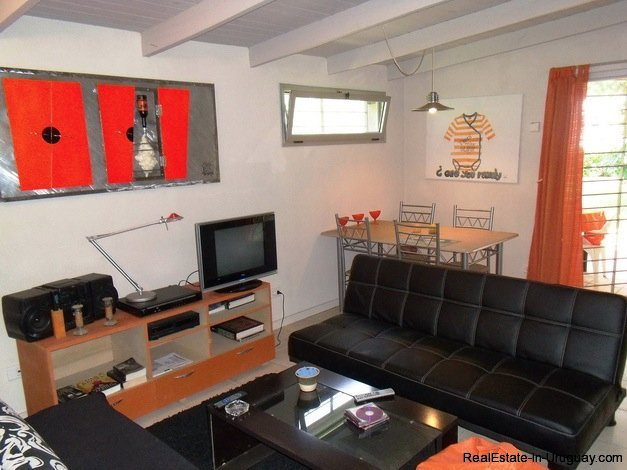 5099-Modern-Home-Near-Shopping-and-other-Amenities-2458