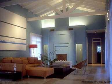 4554-Beautiful-Estate-directly-on-Laguna-del-Sauce-3112