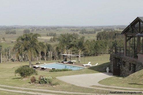 5080-Exclusive-Country-Hotel-or-Luxury-Family-Home-2771