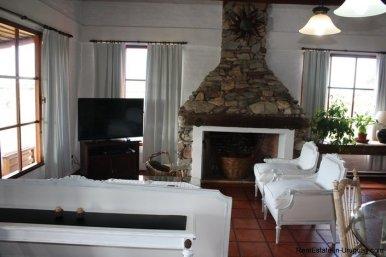 5094-Modern-Home-in-El-Quijotes-Natural-Surroundings-2896