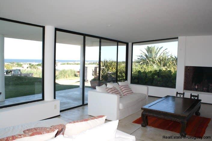 5103-Modern-Home-in-Club-de-Mar-close-to-the-Beach-2848