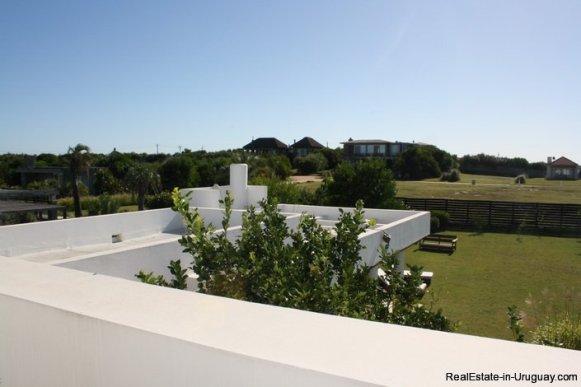 5103-Modern-Home-in-Club-de-Mar-close-to-the-Beach-2858