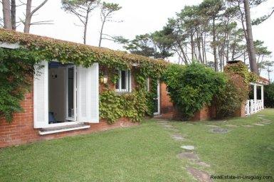 5187-Comfortable-Renovated-Home-Close-to-Playa-Brava-3545