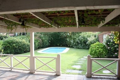 5187-Comfortable-Renovated-Home-Close-to-Playa-Brava-3546
