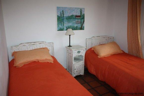 5187-Comfortable-Renovated-Home-Close-to-Playa-Brava-3554