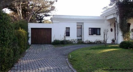 5223-Ideal-Permanent-Home-in-Barrio-Lugano-Area-3527