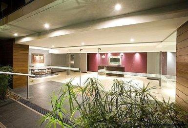 1137-Elegance-Design-and-Comfort-in-Carrasco-3920