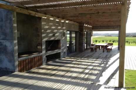 5032-Excellent-Modern-Home-in-Laguna-Estates-4014
