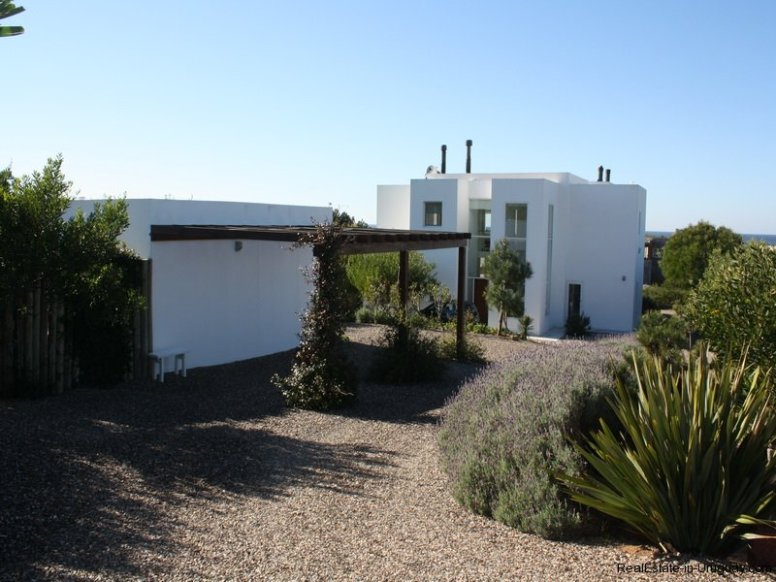 5280-Modern-Home-at-Village-Del-Faro-Jose-Ignacio-Uruguay-4082
