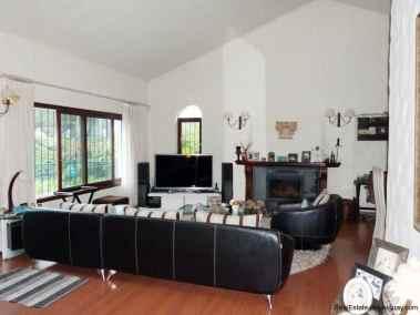 5435-Modern-2-Storey-Home-in-El-Chorro-4255