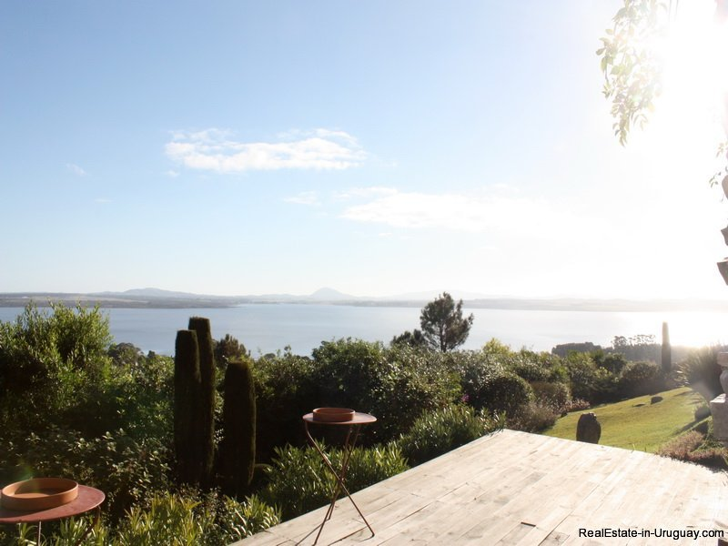 5310-House-with-Laguna-Del-Sauce-Views-4304