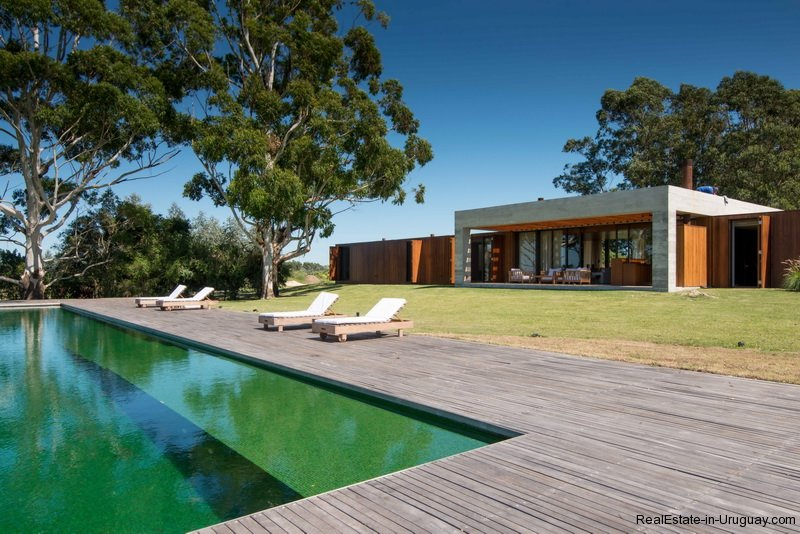 5574-Modern-House-in-the-Top-Resort-Fasano-4445