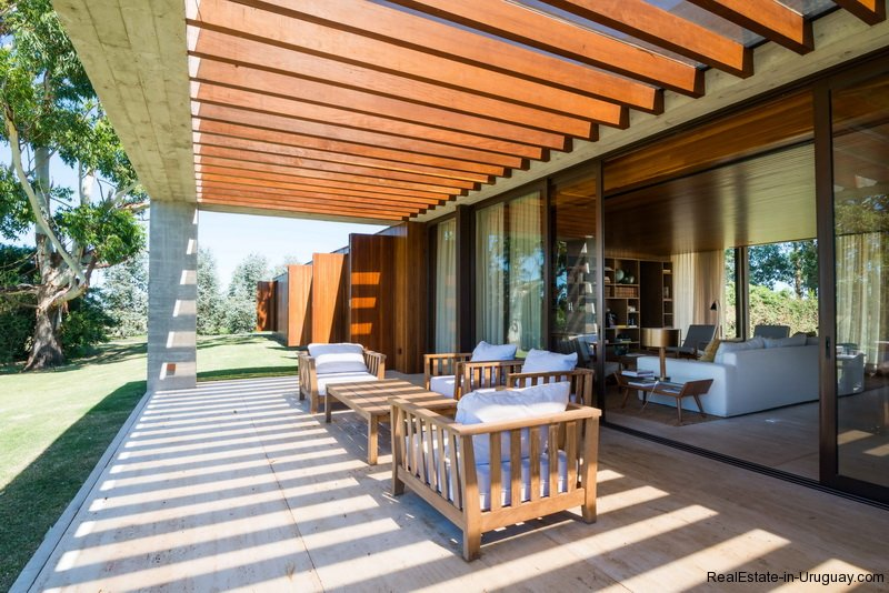 5574-Modern-House-in-the-Top-Resort-Fasano-4447