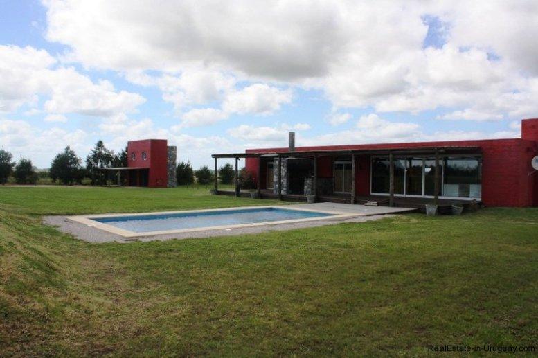 5536-Modern-Small-Ranch-on-5-Ha-4482
