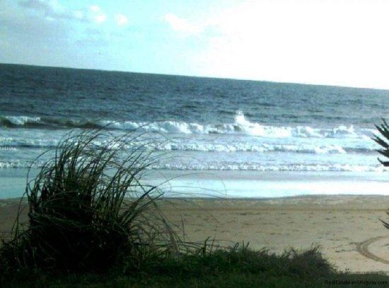 4607-Front-of-7-Ha-Ocean-Frontline-next-to-Punta-Ballena-Punta-del-Este