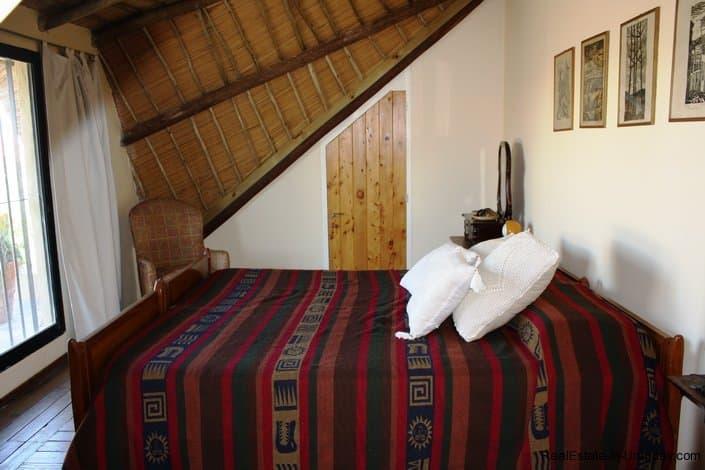 4912-Bedroom-of-Ocean-View-Home-in-La-Barra