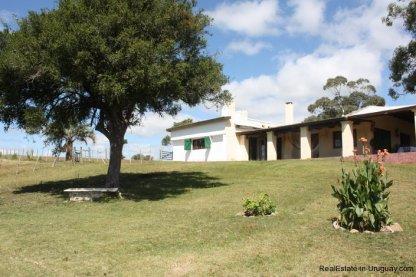 5608-Backyard-of-Historical-Estancia-in-the-Las-Canas