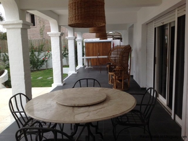 5615-Terrace-of-Large-Vacation-Home-in-La-Barra