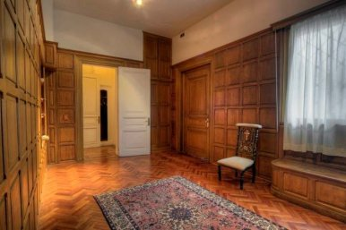 1055-Foyer-of-Stylish-Apartment-in-Center-of-Montevideo