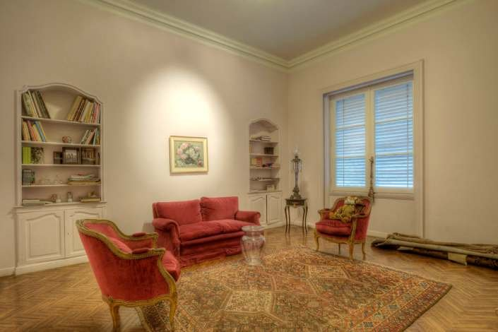 1055-Library-of-Stylish-Apartment-in-Center-of-Montevideo