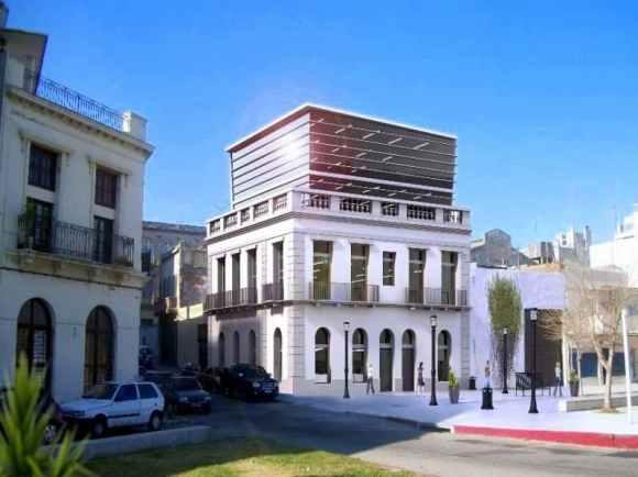 1422-Historic-Building-Harbor-Area-Montevideo