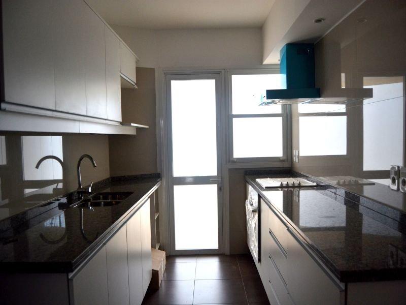 Kitchen-of-New-Apartment-Punta-Gorda-Montevideo