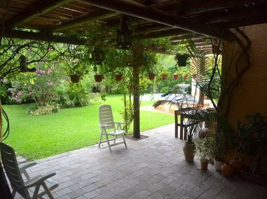 1511-Terrace-of-Large-Home-in-Jardines-Montevideo