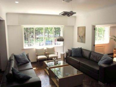 1557-Livingroom-of-Park-Apartment-in-Montevideo-