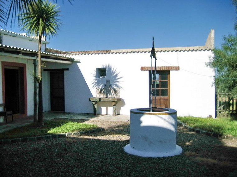 5406-Courtyard-of-Historic-Ranch-near-Cabo-Polonio