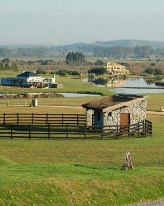 5458-Community-of-Lake-Ranch-in-El-Quijote