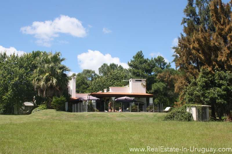 Pool of Large Ranch close to La Barra