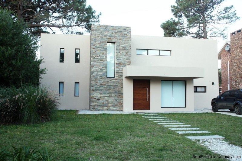 New-Home-in-Arbolada-Punta-Del-Este