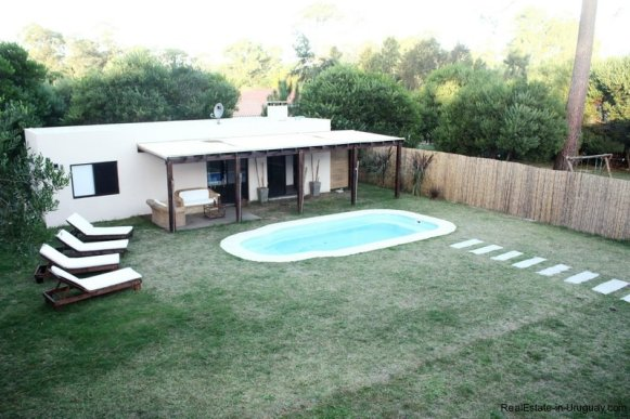 Pool-of-New-Home-in-Arbolada-Punta-Del-Este