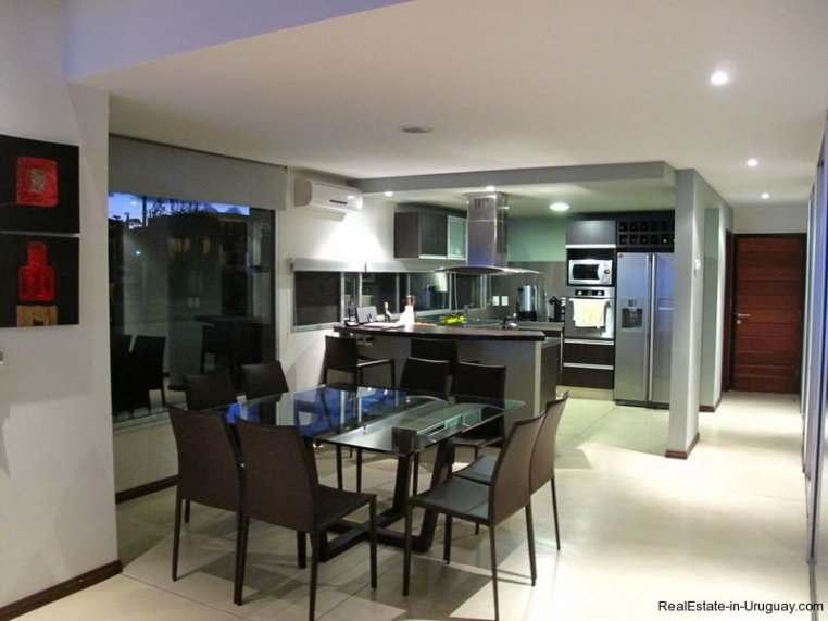 5667-Dining-of-Modern-Pool-Home-Punta-del-Este